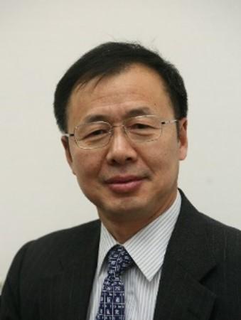 Professor Qi-Lin Zhou